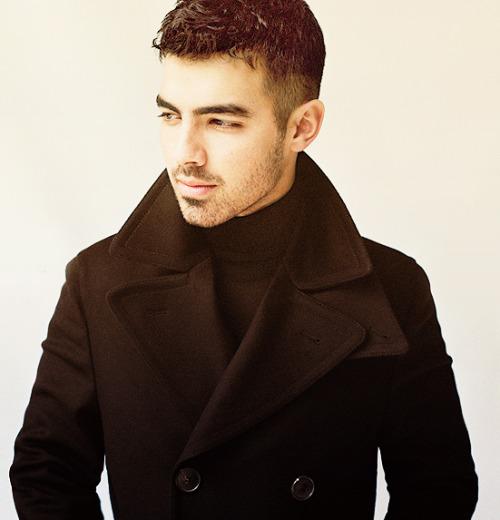 `Joe Jonas` Tumblr_lp4paoFg6q1qzzcioo1_500