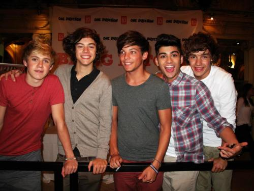 One Direction[3]. - Page 4 Tumblr_lshkw7kkKK1r2mwpoo1_500