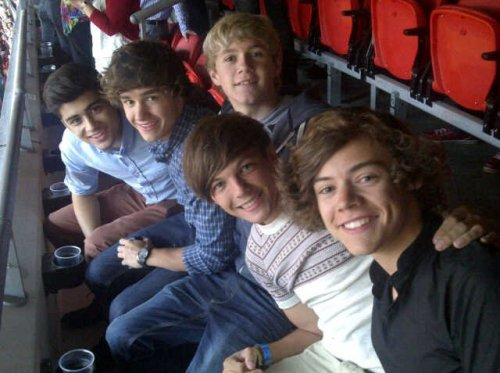 One Direction. - Page 3 Tumblr_ltvh92w0431r4yrsjo1_500