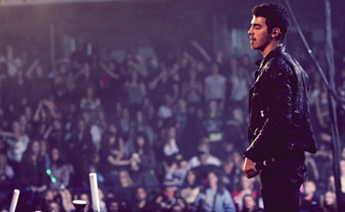`Joe Jonas` - Page 40 Tumblr_lwsdyiwdki1r0su6oo1_500