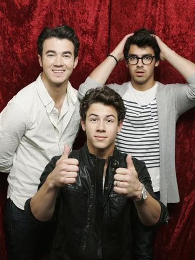 Jonas Brothers ⇨ Noticias Generales Tumblr_lx487xKiwA1r3ho9po1_400