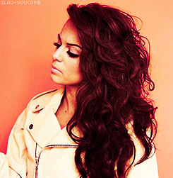 "Cher Lloyd (X Factor UK) >> album ""Sticks + Stones"" [II] - Página 49 Tumblr_lxstkqV0cE1qh6k6lo2_250"