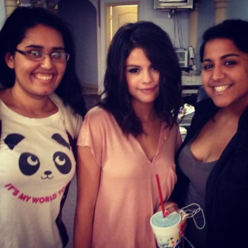 Selena Gomez[3] - Page 37 Tumblr_m0asvb3q0d1qmla91o1_500