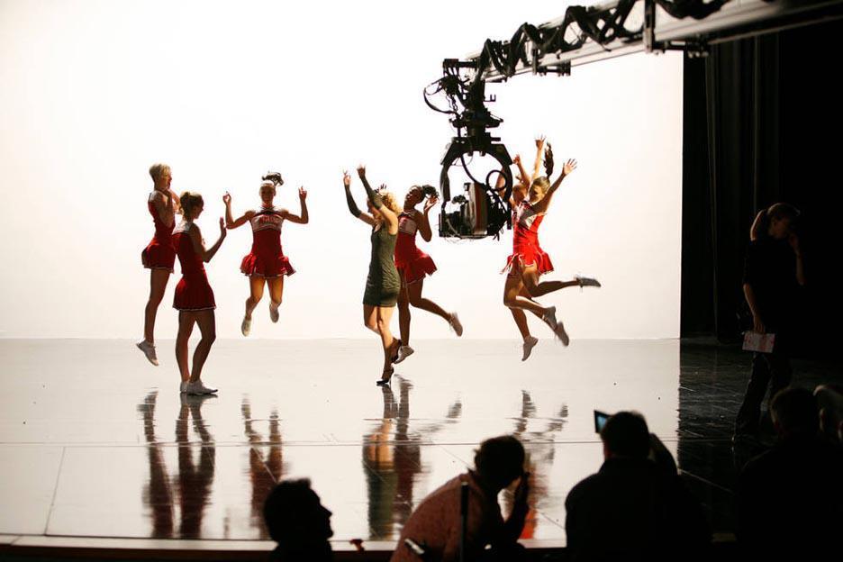 Capitulo 3x17 - Dance With Somebody (24/Abril) - Página 8 Tumblr_m324r8j07r1r6nrbwo2_1280