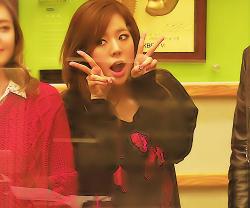 [PICS][Request] Post tấm hình của Sunny mà bạn yêu thích nhất! Tumblr_m348inTNgW1qeehmio3_250