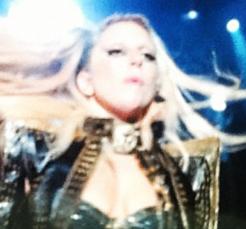 """Gira >> """"The Born This Way Ball Tour"""" [5]  - Página 11 Tumblr_m35ecchAil1qgmpu2o1_250"""