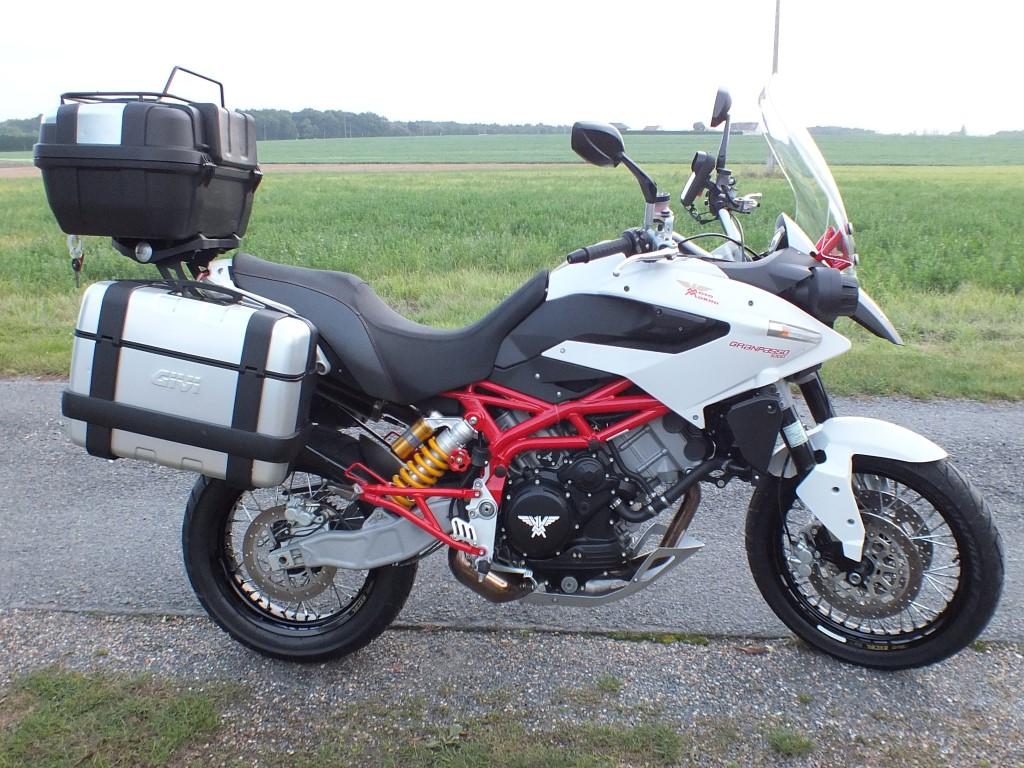 Granpasso MotoMorini 1200 de JiBe Bagagerie%20GP%20(13)