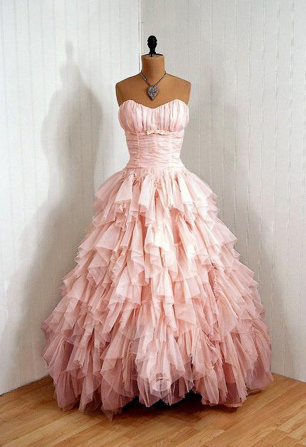 Wedding Dresses. - Page 3 Tumblr_lelrf1Jq2Q1qausdfo1_500
