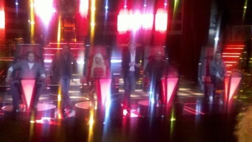 [Tema Oficial] Conferencia de prensa y show de ''The Voice'' 2011 - Página 3 Tumblr_li4doligQo1qf86vgo1_500