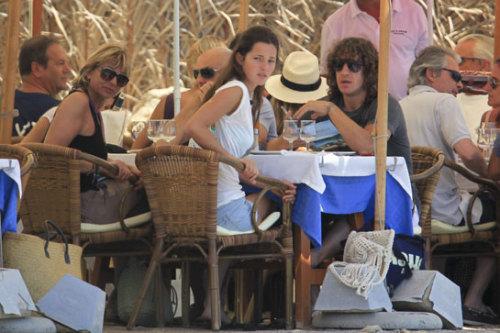 الكابتانو بويول مع صديقته  في جزيرة ايبزا  Tumblr_lmpx8xyZXZ1qb4i3eo1_500