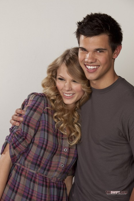 Taylor Swift and Taylor Lautner. - Page 2 Tumblr_lo6pjo4pdg1qmvomgo1_500
