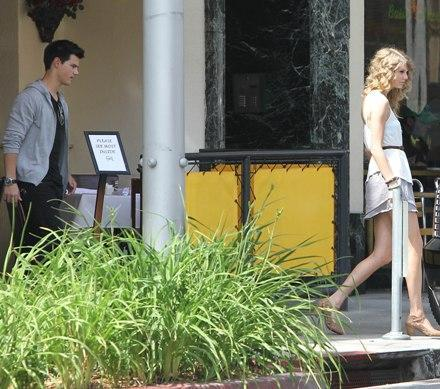 Taylor Swift and Taylor Lautner. - Page 2 Tumblr_lobie68GOK1qmvomgo1_500