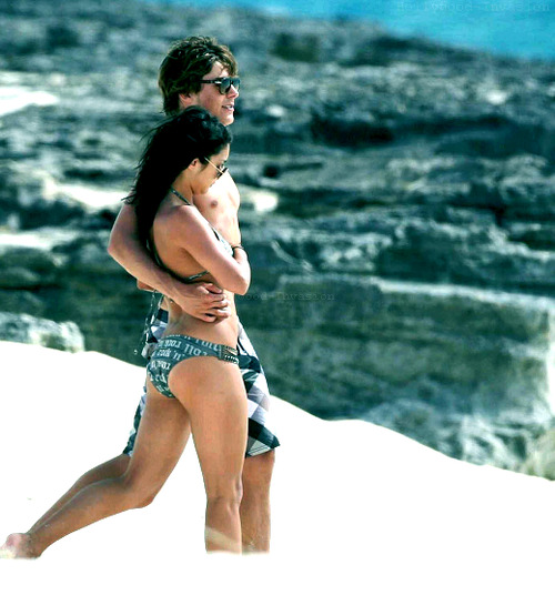 Zac Efron si Vanessa Hudgens. - Page 5 Tumblr_lop3x1BVbB1qheezpo3_500