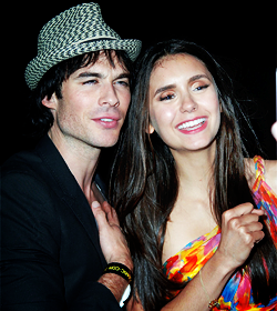 Nina Dobrev and  Ian Somerhalder. - Page 5 Tumblr_loukhndweT1qkaq8to3_250