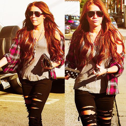 Miley Cyrus [2] - Page 3 Tumblr_lq4bioWCiW1qm5u6go1_500