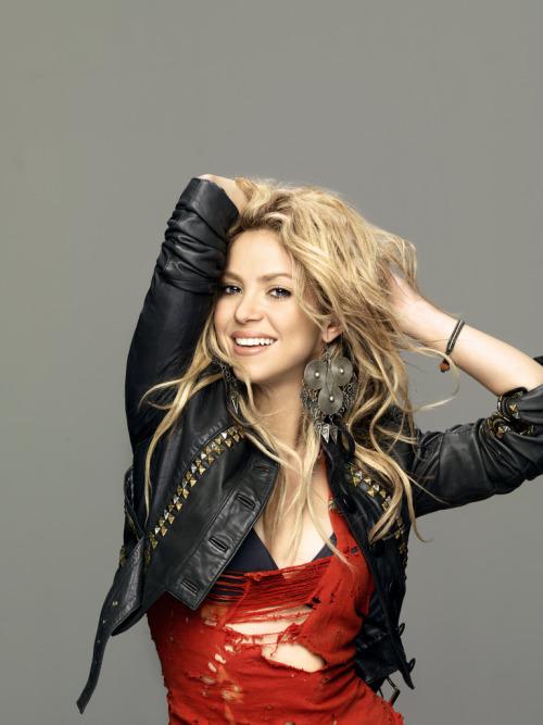 Shakira.;* - Page 37 Tumblr_lq9r2cw3me1qzhgsno2_500