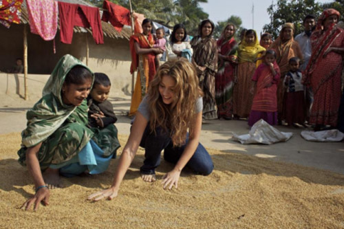 Shakira.;* - Page 37 Tumblr_lqey78LVGb1qdoq37o1_500