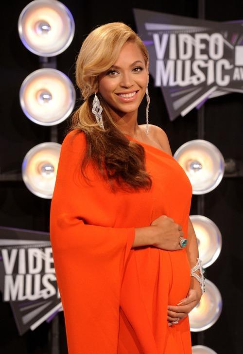 Beyonce. <3 - Page 6 Tumblr_lqo16jYhek1qj2cwko1_500