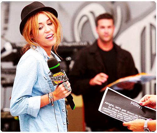 Miley Cyrus [2] - Page 6 Tumblr_lqsjjm4l0M1r2xvhso1_500
