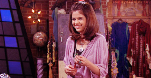 Magicienii din Waverly Place - Page 3 Tumblr_ludq2l2OhL1r0ty9no1_500