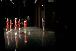 Capitulo 3x17 - Dance With Somebody (24/Abril) - Página 8 Tumblr_m324r8j07r1r6nrbwo1_250