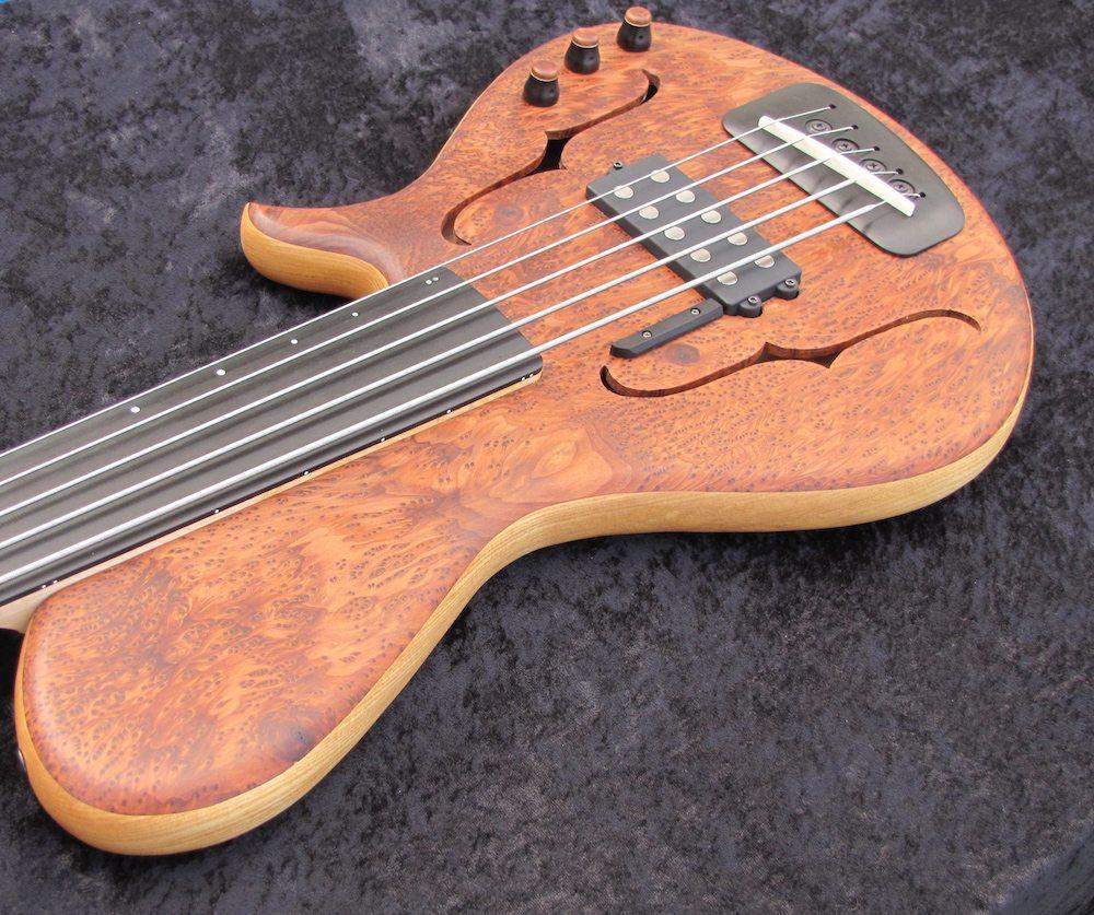 Novo Projeto - Contrabaixo de 4 cordas - versão 2.0 - Página 8 Bass-Musician-Magazine%E2%80%99s-Year-of-the-Luthier-%E2%80%93-Cleve-Johnson-7
