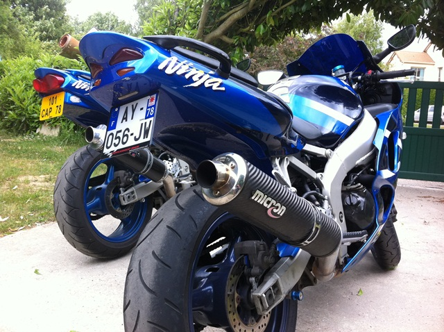 Ma ZX6R K1 Bleu IMG_0289