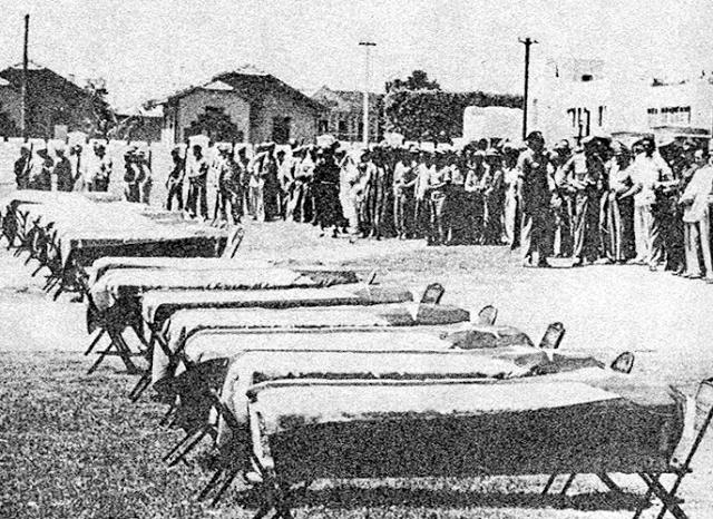 7-26-1953  ***  Por Esteban Fernández  MoncadaFeretrosSoldadosMuertos_1