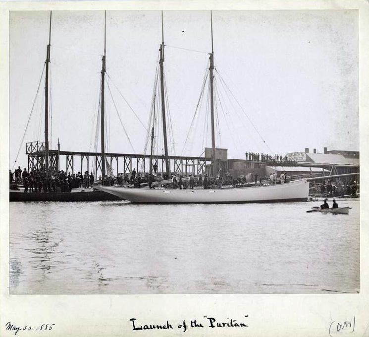 Puritan, sloop de 1885 - Page 2 4-Launch-of-the-Puritan