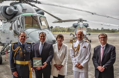 Nueva Zelanda Ceremony%2Bto%2Bmark%2Bdelivery%2Bof%2Bthree%2BSH-2G(I)%2BSeasprite%2Bhelicopters%2Bto%2BNew%2BZealand%2B2