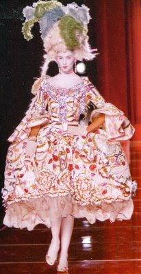 mode - Marie-Antoinette muse de la Mode  MA002