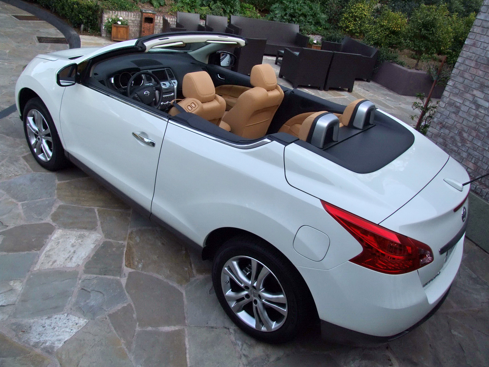 2010 - [Nissan] Murano CrossCabriolet - Page 4 2011-Nissan-Murano-CC-TD-627