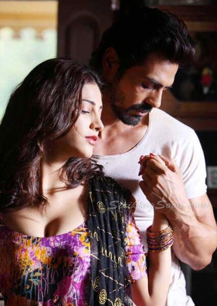 Обсуждаем фильмы.. только что просмотренные или вдруг вспомнившиеся.. - 9 - Страница 10 Shruti_hassan_d_day_hot_photo