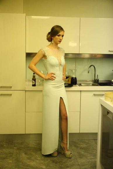 იასემენ ალენი/Yasemin Allen - Page 3 Merhamet-dizisi-elbise-modelleri1-387x580