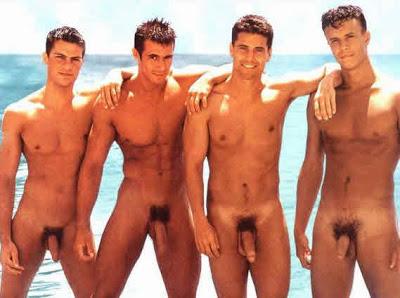 """các hotboy mỹ nude """" Nude Men at the Beach """" 4-nude-guys-on-beach"""