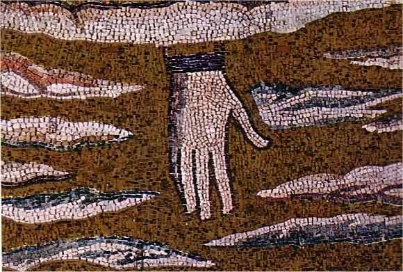 Le Symbolisme Chrétien - 19 eme siècle - Angleterre ( Images) Transfiguration_La_main_de_Dieu_Basilique_de_Saint-Apollinaire-in-Classe_a_Ravenne_vers_550.jpeg