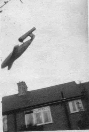 Como derribaba la RAF las bombas volantes V-1 V1c-el-cajon-de-grisom