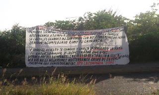 Los zetas dejan varias Narcomantas en Veracruz Manta_111%255B1%255D