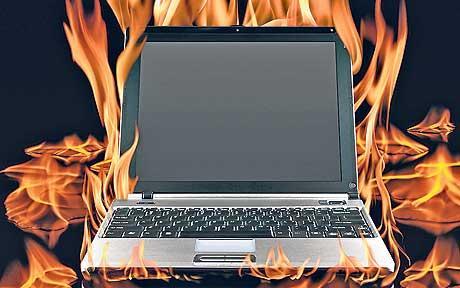 ارتفاع درجة حرارة الكمبيوتر النقال..اسباب وحلول Laptop-overheating