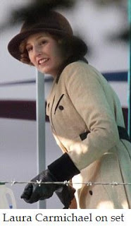 Downton Abbey saison 2 : topic général (infos et news) Edith%2Blaura%2Bcarmichael