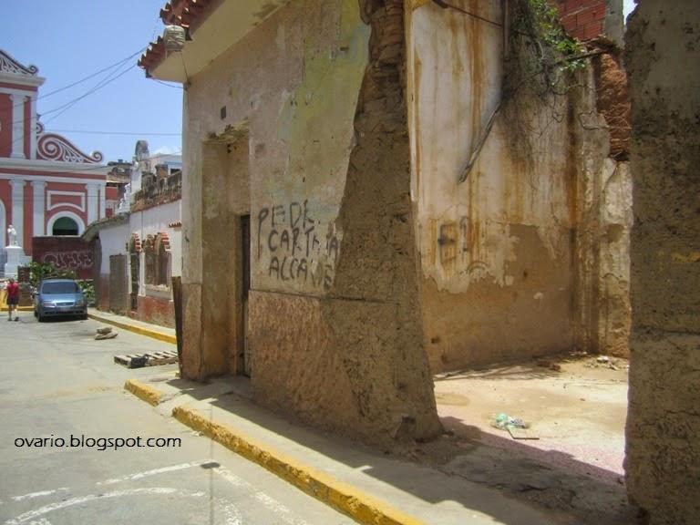 Luego de 16 años de revolución Caracas y la Guaria lucen muy mal  IMG_9515
