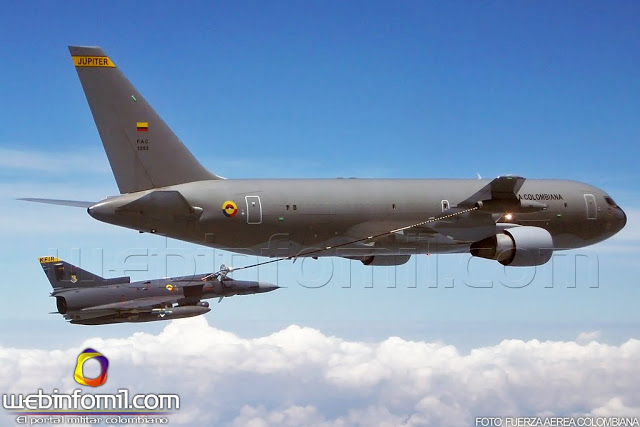 Armée Colombienne / Military Forces of Colombia / Fuerzas Militares de Colombia - Page 4 Fuerza_Aerea_Colombiana_Kfir_Kc-767_Jupiter_refuelingddd