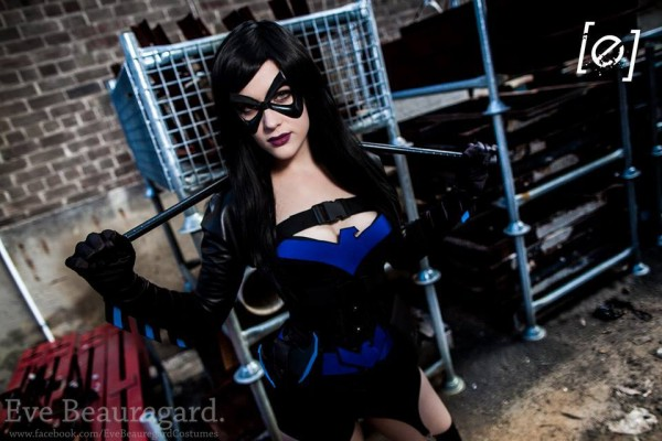 [TEMPORADA 1] CLASH OF SUPERHEROES - Parte 2 - FINAL - Página 11 Female-nightwing-cosplay-1