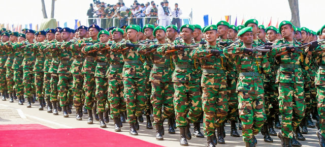 Sri Lanka Sri%2BLanka%2Bcelebrates%2BMullivaikkal%2Banniversary%2Bwith%2Bmilitary%2Bparade%2B5