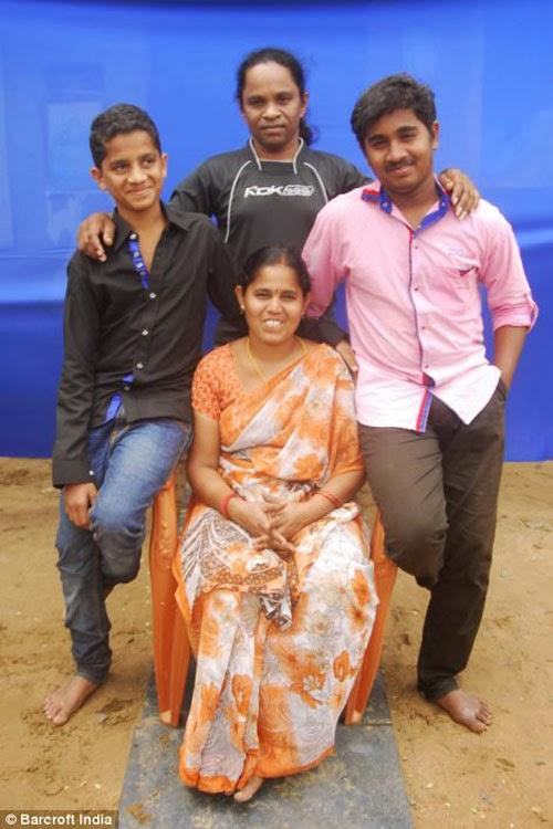 هندي وزوجته !!!! 6