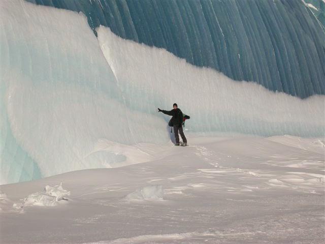LAKE MICHIGAN ICEBERGS  6