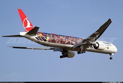 Conhece o 777-300 da Turkish adesivado com o time do Barcelona? 2022949