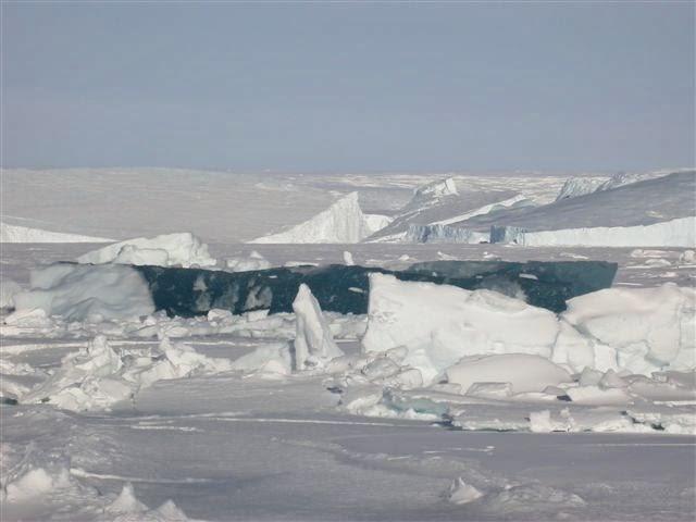 LAKE MICHIGAN ICEBERGS  9