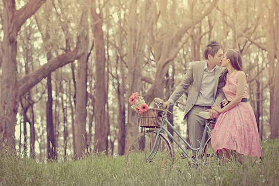 Avatars L'Amour Australian-Vintage-Style-Engagement-Shoot0006