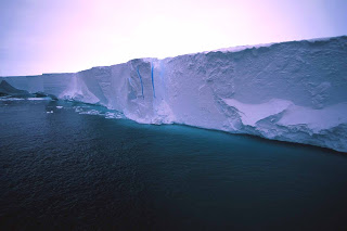 The South Pole Does Not Exist! Ice%2Bshelf